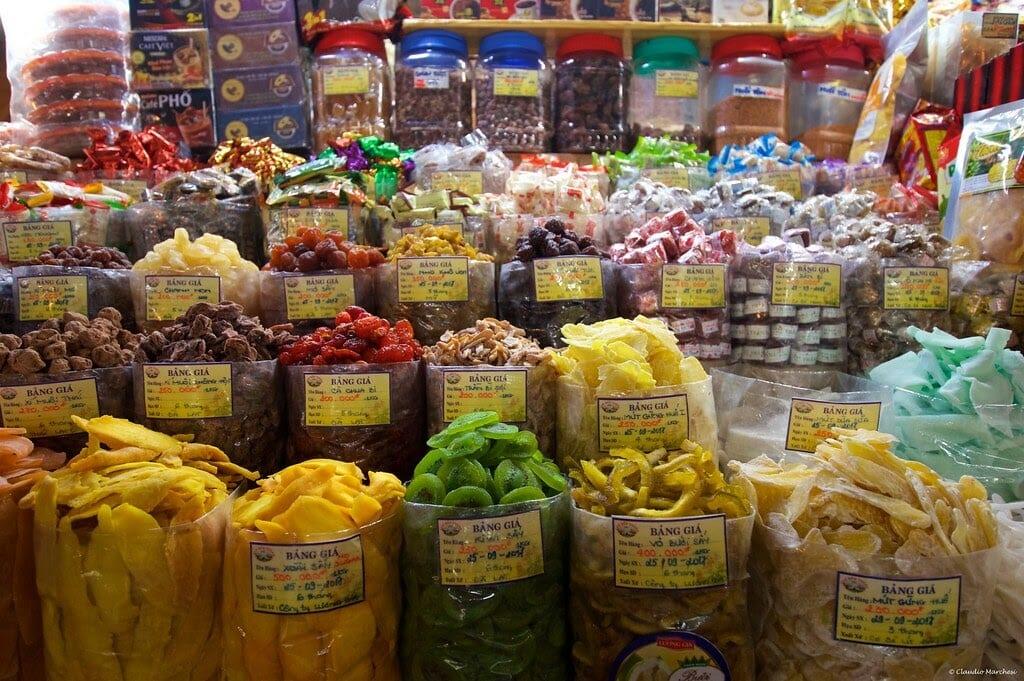 ben thanh market saigon what to buy