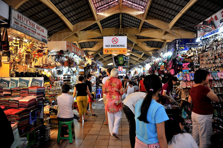 ben thanh night market hours