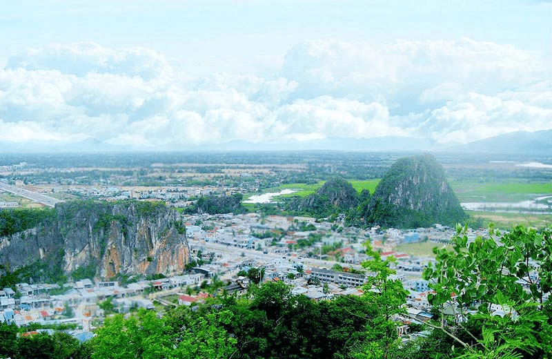 Non-nuoc-marble-mountain