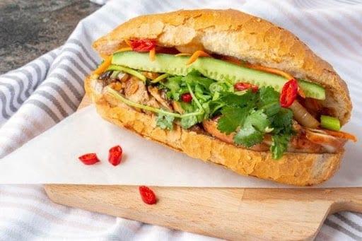 Where to eat in Da Nang Banh mi