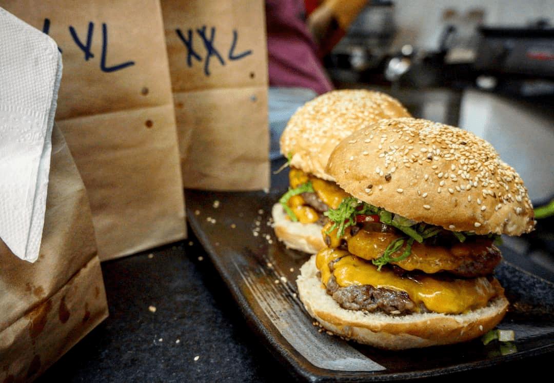 Where to eat in Da Nang Burgers 2