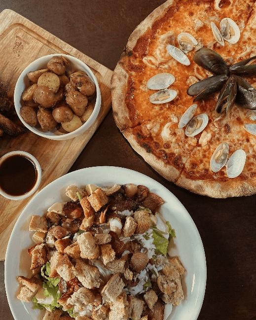 Where to eat in Da Nang Pizza 4