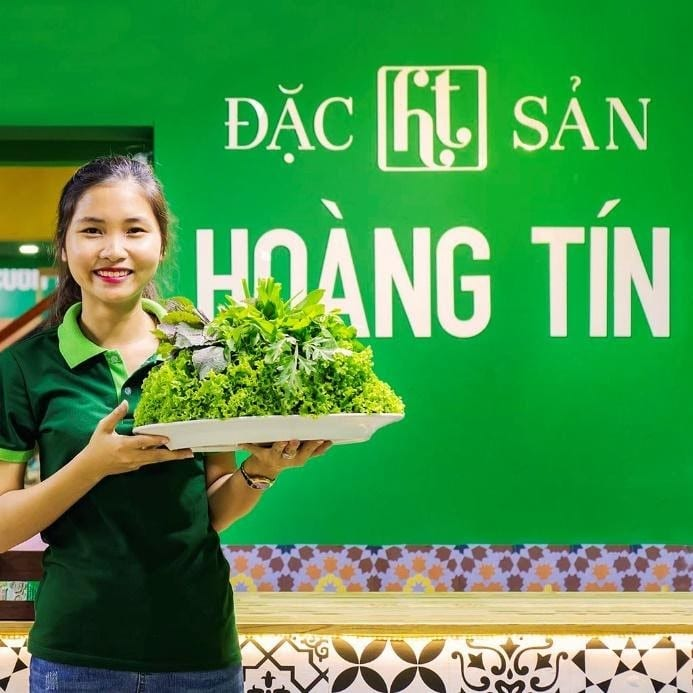 Where to eat in Da Nang Vietnamese pork rolls 2