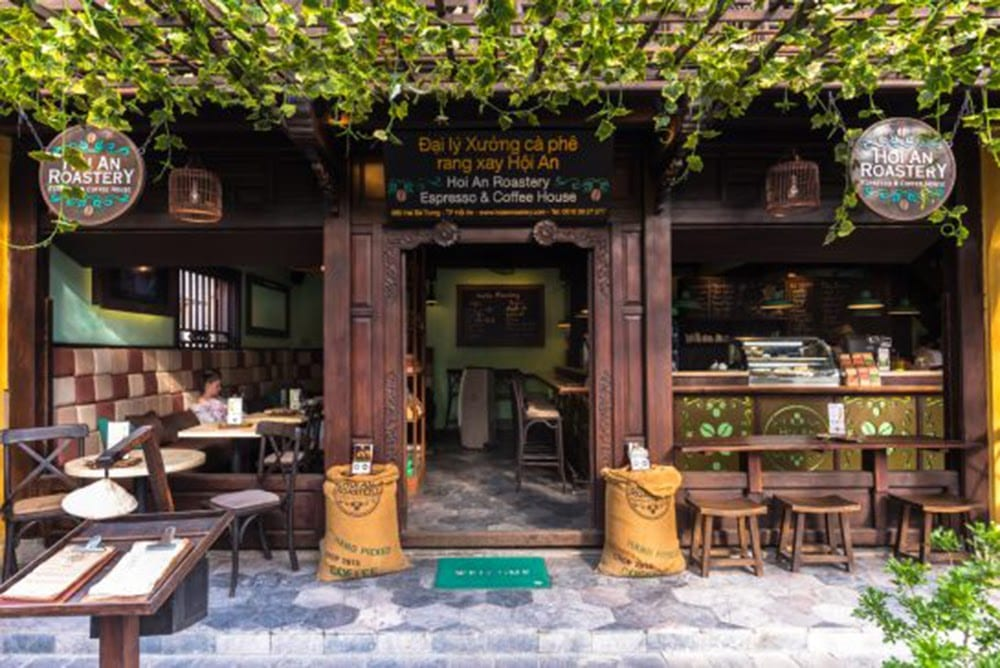 10 Vietnamese dishes you must try when you travel Hoi An Vietnam - Coffee Shop