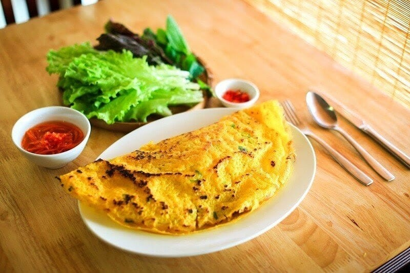 10 Vietnamese dishes you must try when you travel Hoi An Vietnam - Banh xeo Hoi An