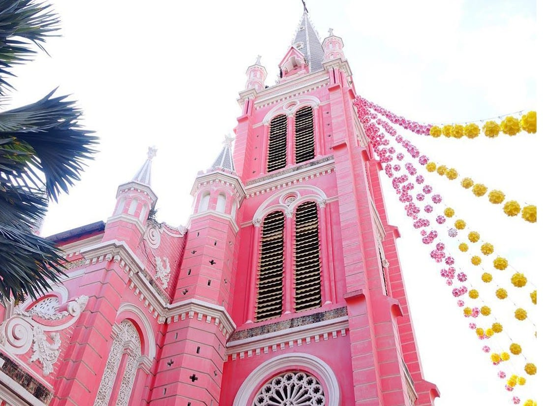 Tan Dinh Church in Ho Chi Minh City - The Pink Church - The Outside