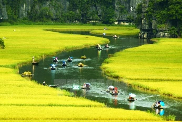 Things to do in Vietnam - Trang An Complex