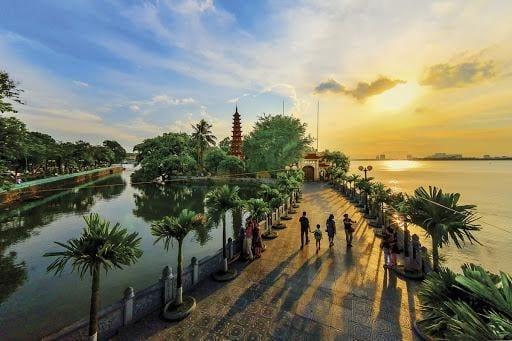 Ha Noi vs Ho Chi Minh City - Points of interest