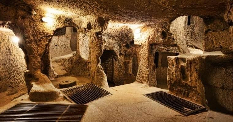 Things to do in Vietnam - Cu Chi Tunnels